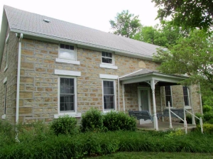 Old stone home in Onaga Kansas