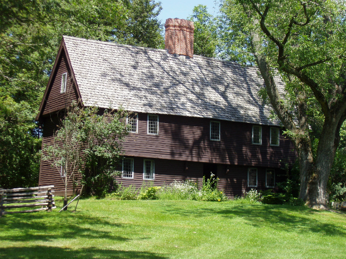 Parson Capen House, Topsfield Massachusetts, timber framed colonial home