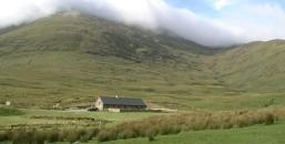 McGillycuddy Reeks, Stone home in Ireland, Stone cottages for Sale in Ireland, The Pocket, shepherd's cottage