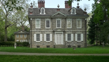 From Stone Cottage To Georgian Style In Colonial America