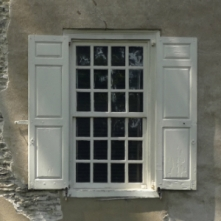 6 light over 6 light pattern, sash window, Cliveden, Philadelphia, old stone home