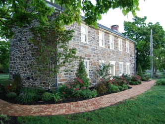 The Alexander Currens Farmhouse, Gettysburg Battlefield, historic stone home, Pennsylvania, stay in an old stone home, Pennsylvania