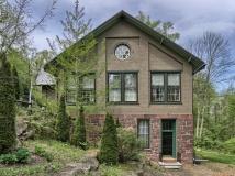 Brick and stone schoolhouse, Lebanon, Pennsylvania, old stone homes, historic homes