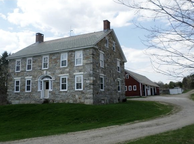 old stone home, old stone houses, colonial homes, Pittsford, Vermont, old stone homes for sale