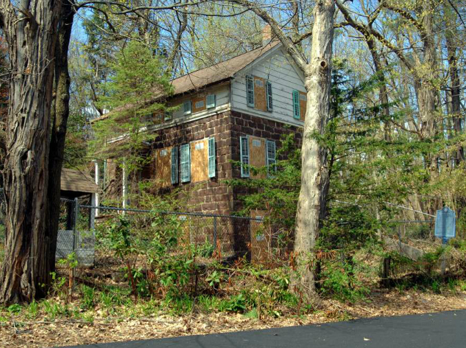 Naugle House, Fair Lawn, New Jersey, old stone home, old stone cottage, endangered historic properties, old stone houses
