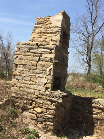 old stone bake oven, Rhode Island, stone masonry, early America, old stone houses, architect Leonard J. Baum