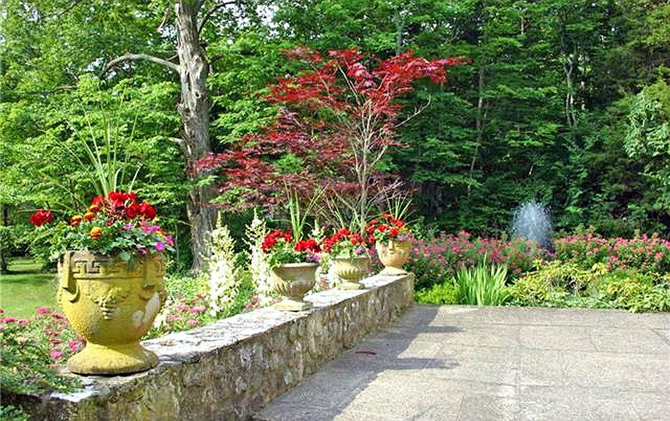 south bass island gardens ohio put in bay key west of lake