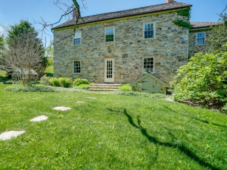 old stone homes for sale, old stone houses for sale, Knoxville, Maryland, front yard, historic properties, colonial homes, federal style homes